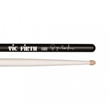 VIC firth SIGNATURE Questlove